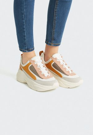 Sneakers - white/orange/rose