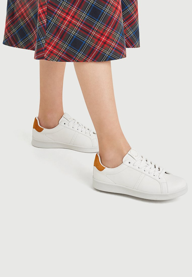 PULL&BEAR - Sneaker low - white