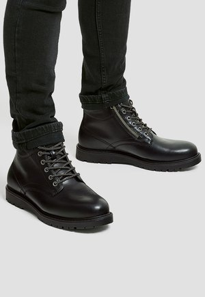MIT REISSVERSCHLUSS - Bottines à lacets - black