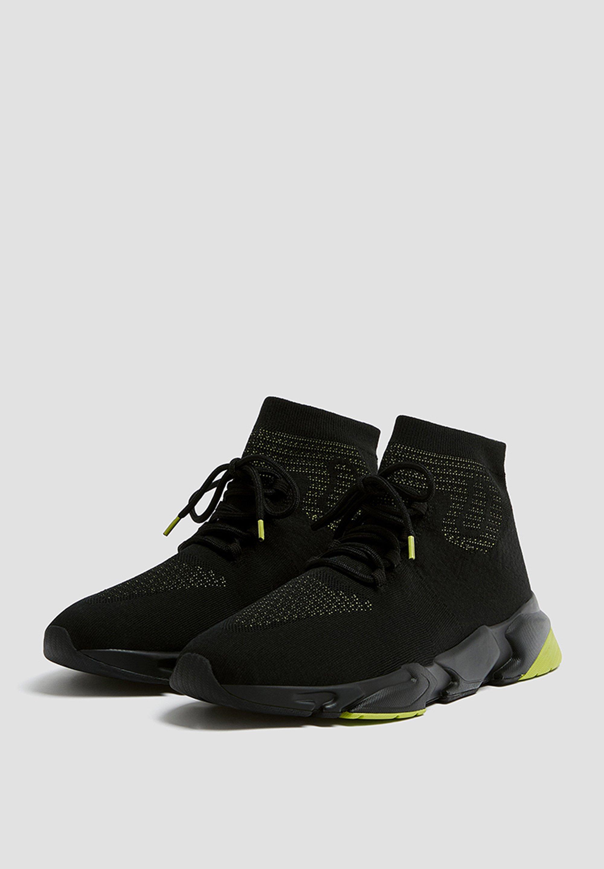 PULL&BEAR Sneakersy wysokie - black