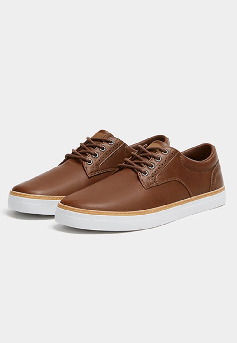 PULL&BEAR Sneakers - brown