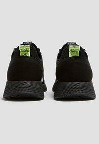 PULL&BEAR - 12309540 - Trainers - black - 4
