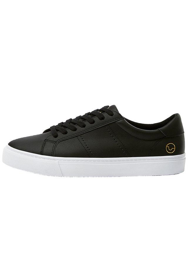 BASIC-SNEAKER MIT BROGUING 12210540 - Sneakers laag - black