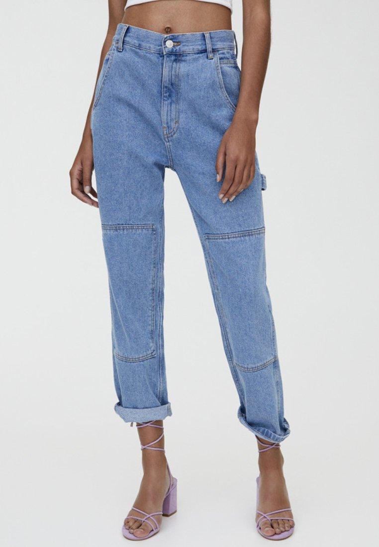 PULL&BEAR - MIT MITTELHOHEM - Relaxed fit jeans - blue