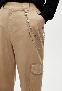 PULL&BEAR - CARGO - Trousers - sand - 3