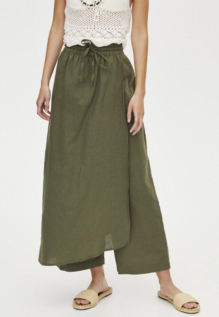 PULL&BEAR - Trousers - khaki