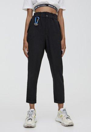 MIT STRETCHBUND  - Kalhoty - black