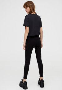 PULL&BEAR - MIT STRETCH  - Jeggings - black