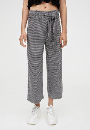 MIT GÜRTEL - Spodnie materiałowe - gray