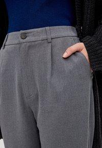 PULL&BEAR - Kalhoty - grey - 4