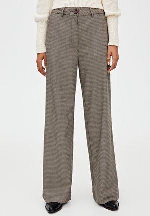 MIT HAHNENTRITTMUSTER - Pantaloni - light brown