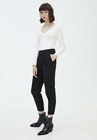 PULL&BEAR - Chino - mottled black - 3