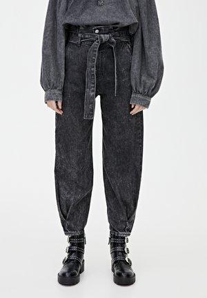 MIT HOHEM BUND - Jeans baggy - black