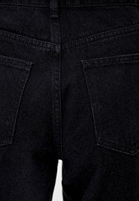PULL&BEAR - MIT HOHEM BUND - Straight leg jeans - black - 5