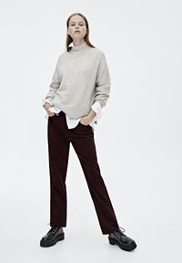 PULL&BEAR - IM MOM-FIT  - Broek - bordeaux - 1
