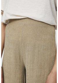 PULL&BEAR - Pantalon classique - khaki - 4