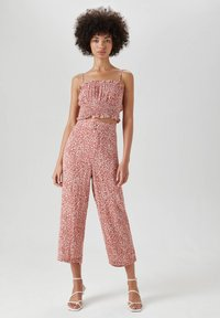 PULL&BEAR - Trousers - light red - 1