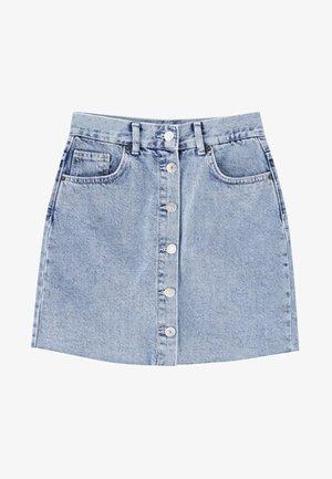 MIT KNÖPFEN  - Denimová sukně - blue