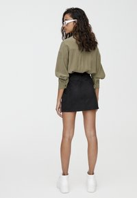 PULL&BEAR - MIT PASSE  - Áčková sukně - black - 2