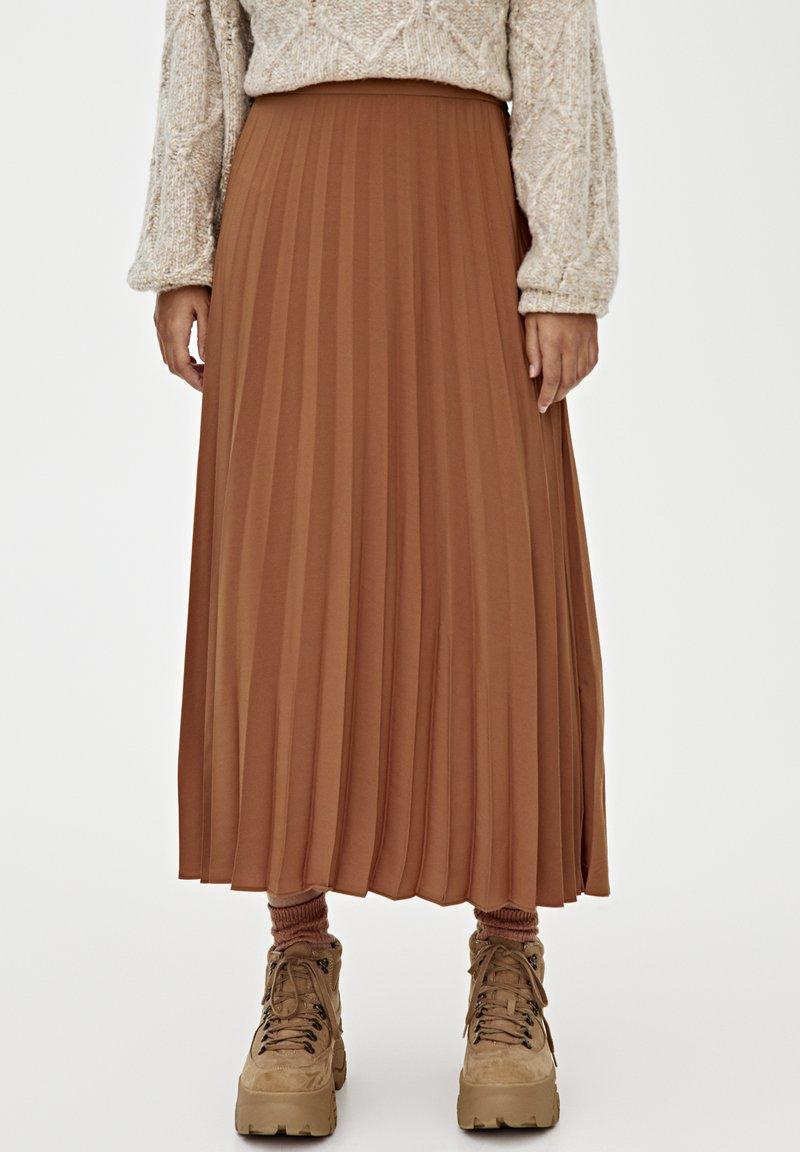 PULL&BEAR - PLISSIERTER - A-line skirt - brown