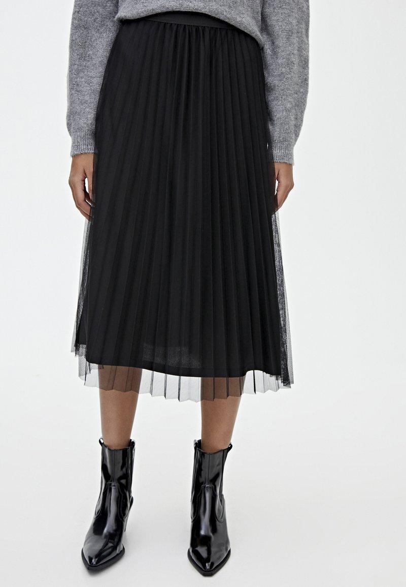 PULL&BEAR - A-linjekjol - black