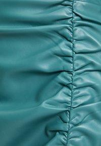PULL&BEAR - Jupe trapèze - mottled green - 6