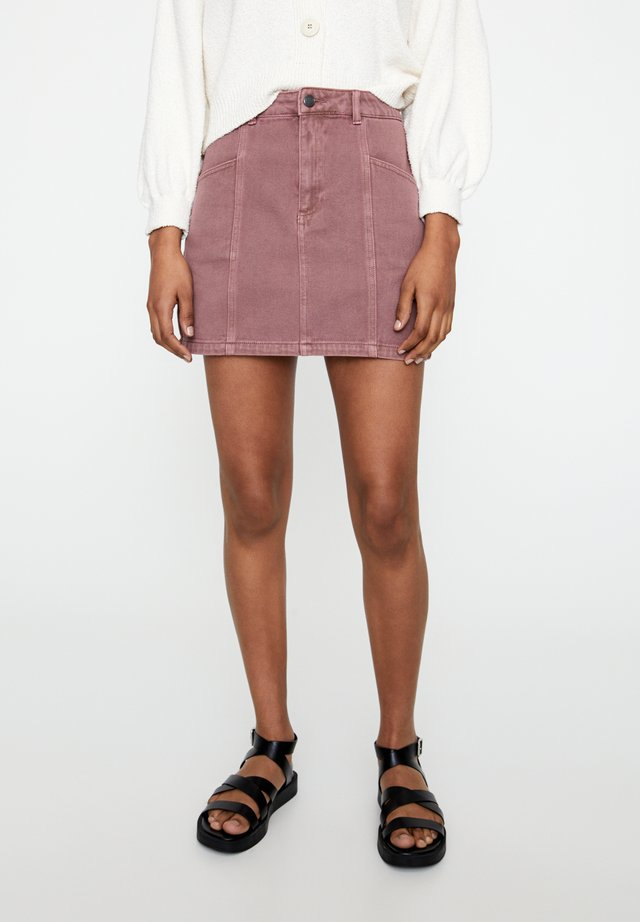 MIT ZIERNÄHTEN - Spódnica jeansowa - rose