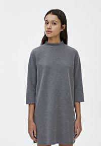 PULL&BEAR - Robe pull - dark grey - 0