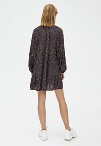PULL&BEAR - Robe d'été - black - 2