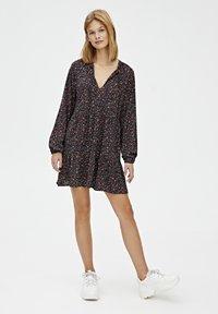 PULL&BEAR - Robe d'été - black - 1