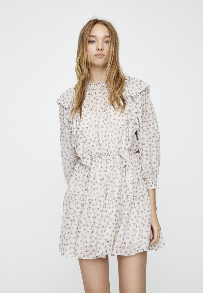 PULL&BEAR - Denní šaty - beige