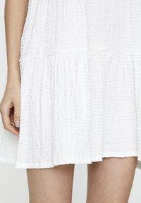 PULL&BEAR - IN WICKELOPTIK - Day dress - white - 5