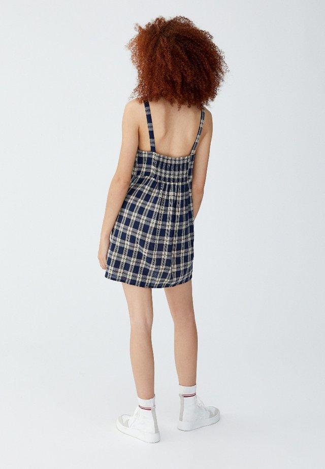 MIT KNÖPFEN  - Sukienka letnia - blue