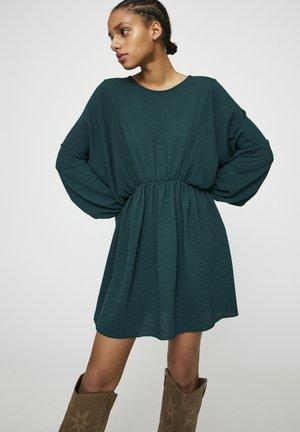 GESTREIFTES BASIC - Korte jurk - dark green