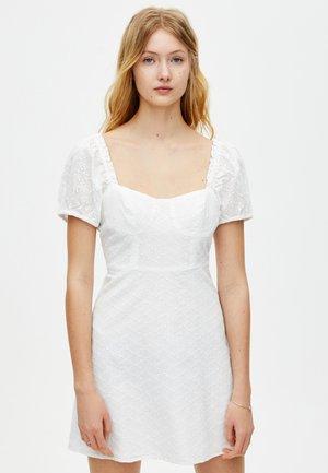 Vapaa-ajan mekko - white
