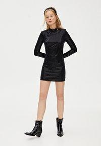PULL&BEAR - Sukienka koktajlowa - black - 1
