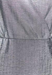 PULL&BEAR - Sukienka koktajlowa - silver - 5