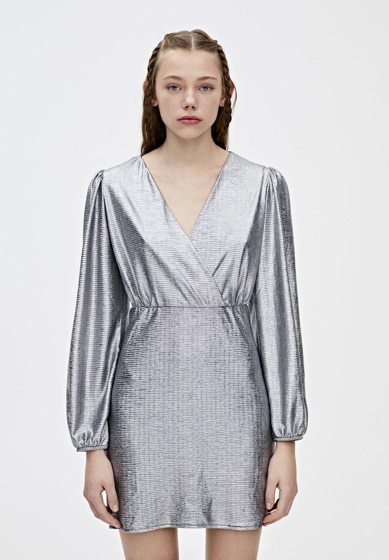 PULL&BEAR - Sukienka koktajlowa - silver