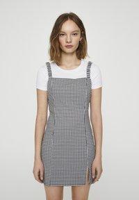 PULL&BEAR - Denní šaty - mottled black - 0