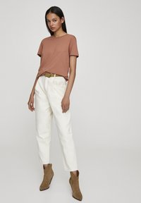 PULL&BEAR - Basic T-shirt - rose gold - 1