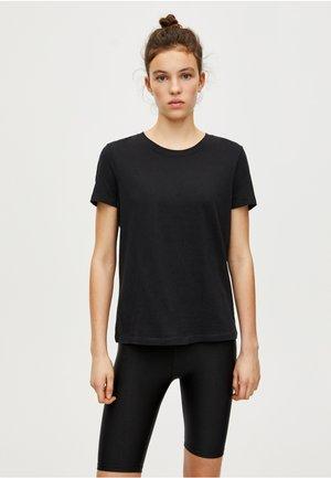 BASIC - Basic T-shirt - black