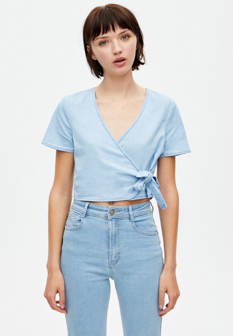 PULL&BEAR - Bluse - light blue