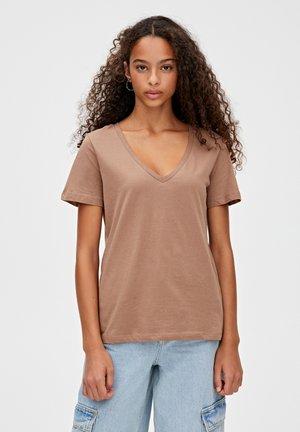 MIT V-AUSSCHNITT  - T-shirt print - brown