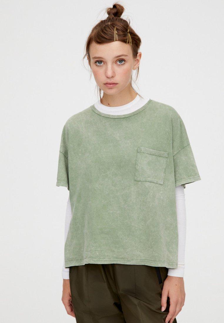 shirt shirt BasiqueGreen T amp;bear T Pull amp;bear Pull Pull BasiqueGreen 4RL5A3j