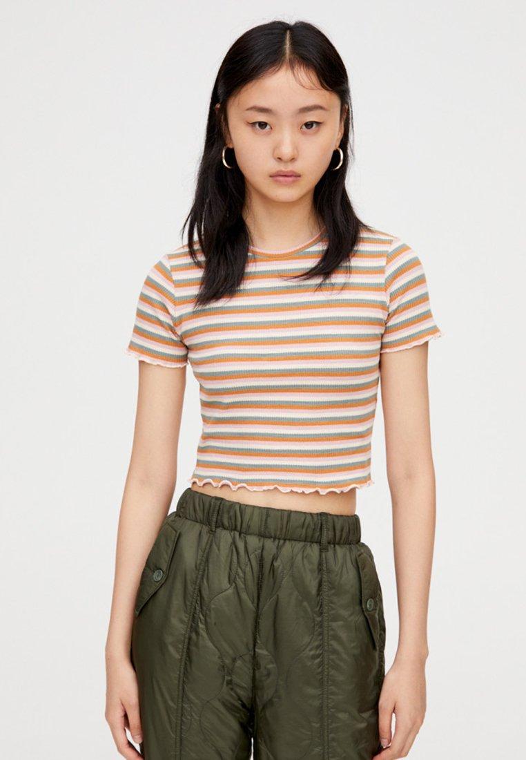 PULL&BEAR - MIT MUSCHELSAUM - T-Shirt print - multi-coloured
