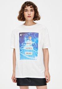 PULL&BEAR - CINDERELLA  - T-shirt print - white - 0