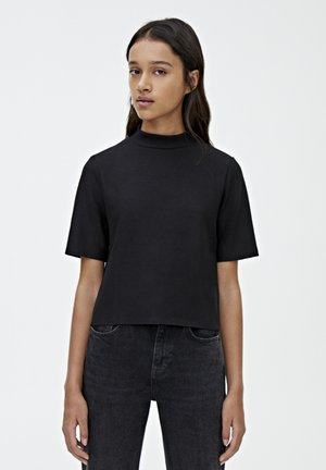 MIT GERIPPTEM STEHKRAGEN - T-shirt basic - black