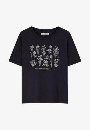MIT BLUMENMOTIV - T-shirt print - dark blue