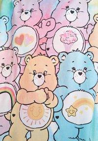 PULL&BEAR - T-shirt imprimé - multi-coloured - 6