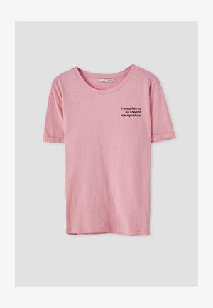KONTRASTIERENDEM SLOGAN - Print T-shirt - rose